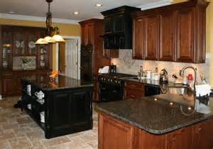 For SW Florida Homeowners, Open-Plan Kitchens Remain a Plus, Naples, Ft. Myers